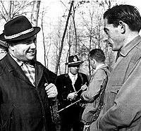 Coppi con Gianni Brera, a caccia