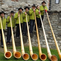 I Corni delle Alpi sono attesi a Ispra, a Mangia Bevi e Bici 2017