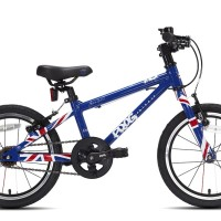 """Bici tipo trekking con ruote da 16"""", molto leggera, freni in alluminio. Disponibile anche con ruote da 20, 24, 26 con cambio Shimano a 18 velocità. Versione con colori UnionJack"""