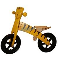 """Prima bici in legno, versione """"Tigre"""", di fabbricazione tedesca. Telaio e sellino regolabili. Adatto a bambini dai 3 ai 4 anni."""